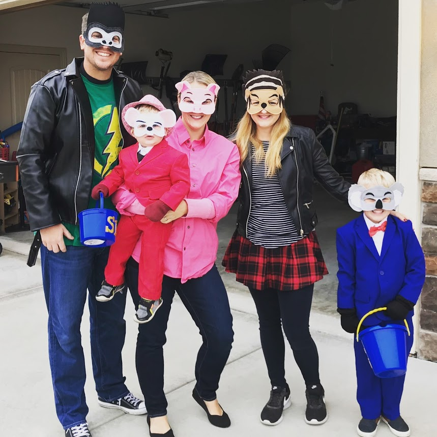 AuPairCare host family dress up for Halloween