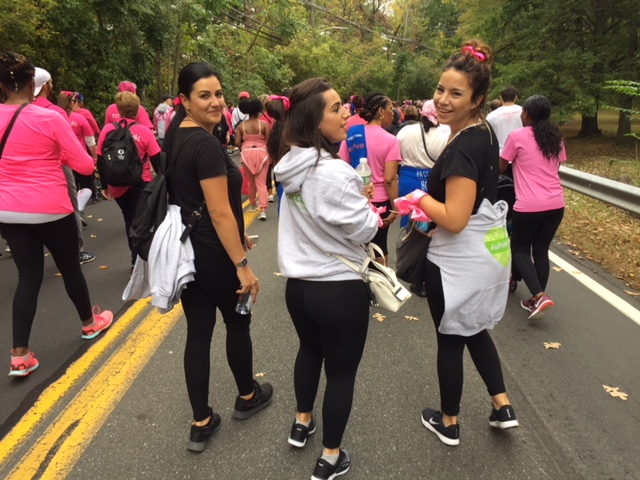 au pairs walk in Making Strides Against Breast Cancer New York