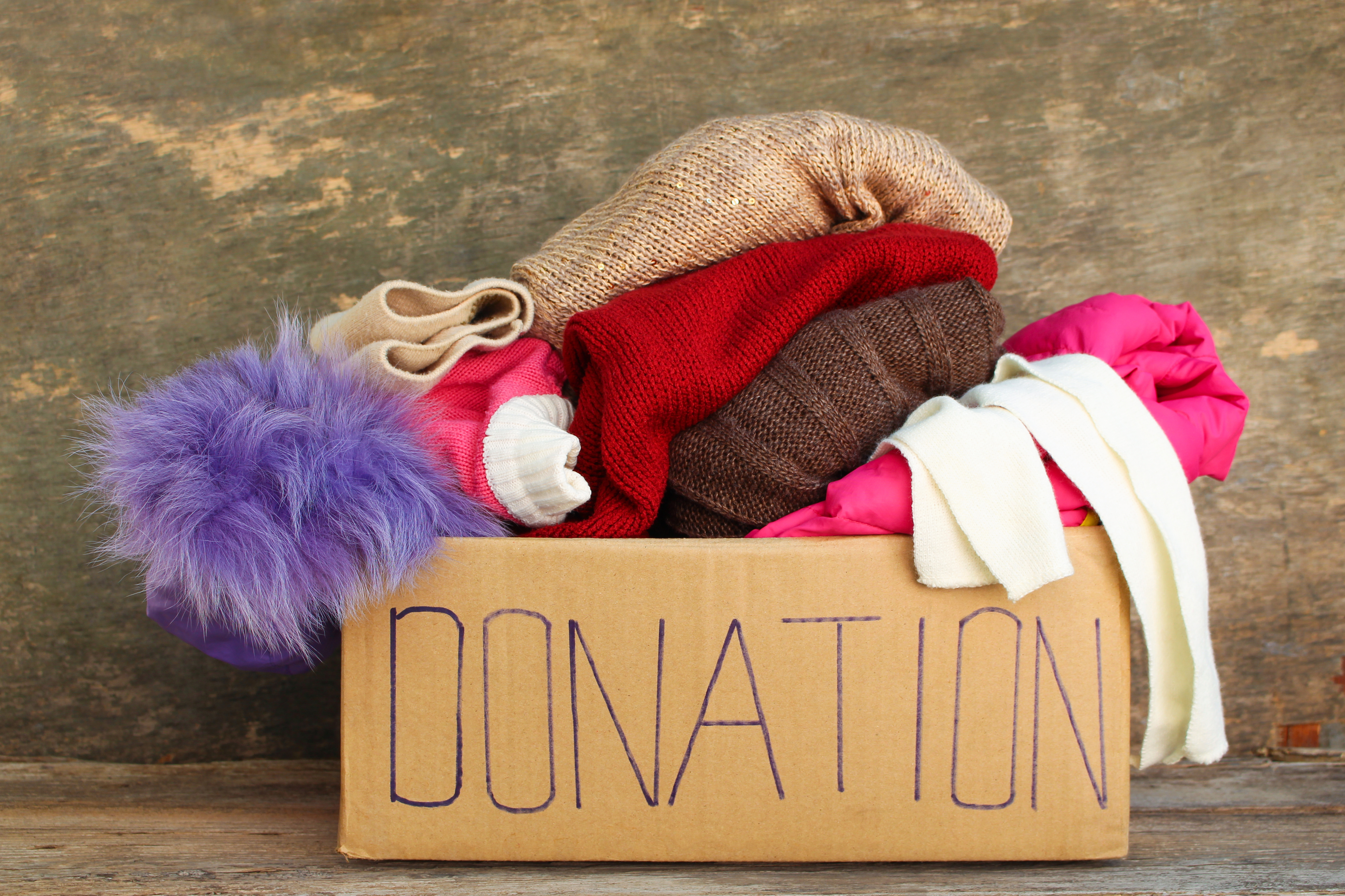 5 ways to help others this wintertime