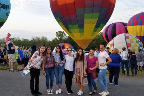 Maryland Area Director takes au pairs to an annual hot air balloon festival