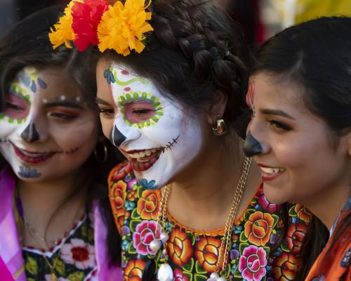 Celebrating Mexican Culture - Dia De Los Muertos