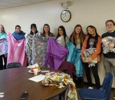 "Au Pairs Volunteer as ""Blanketeers"" in Pittsburgh"
