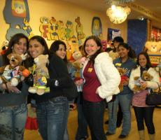 New Jersey Au Pairs at Build-A-Bear